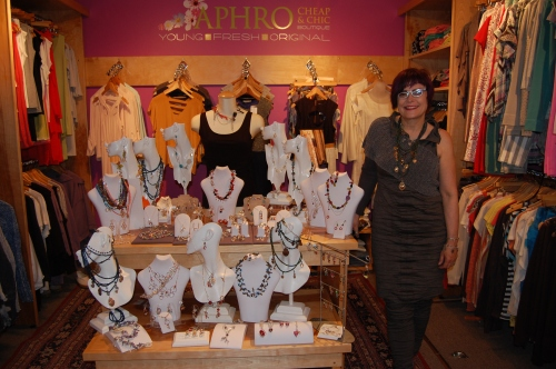 Trudy Gallagher by her splendid display of Bejewel designs.