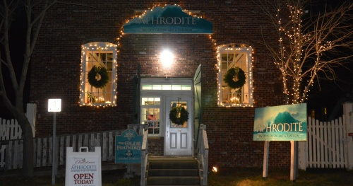 PICTOU STORE LIGHTS